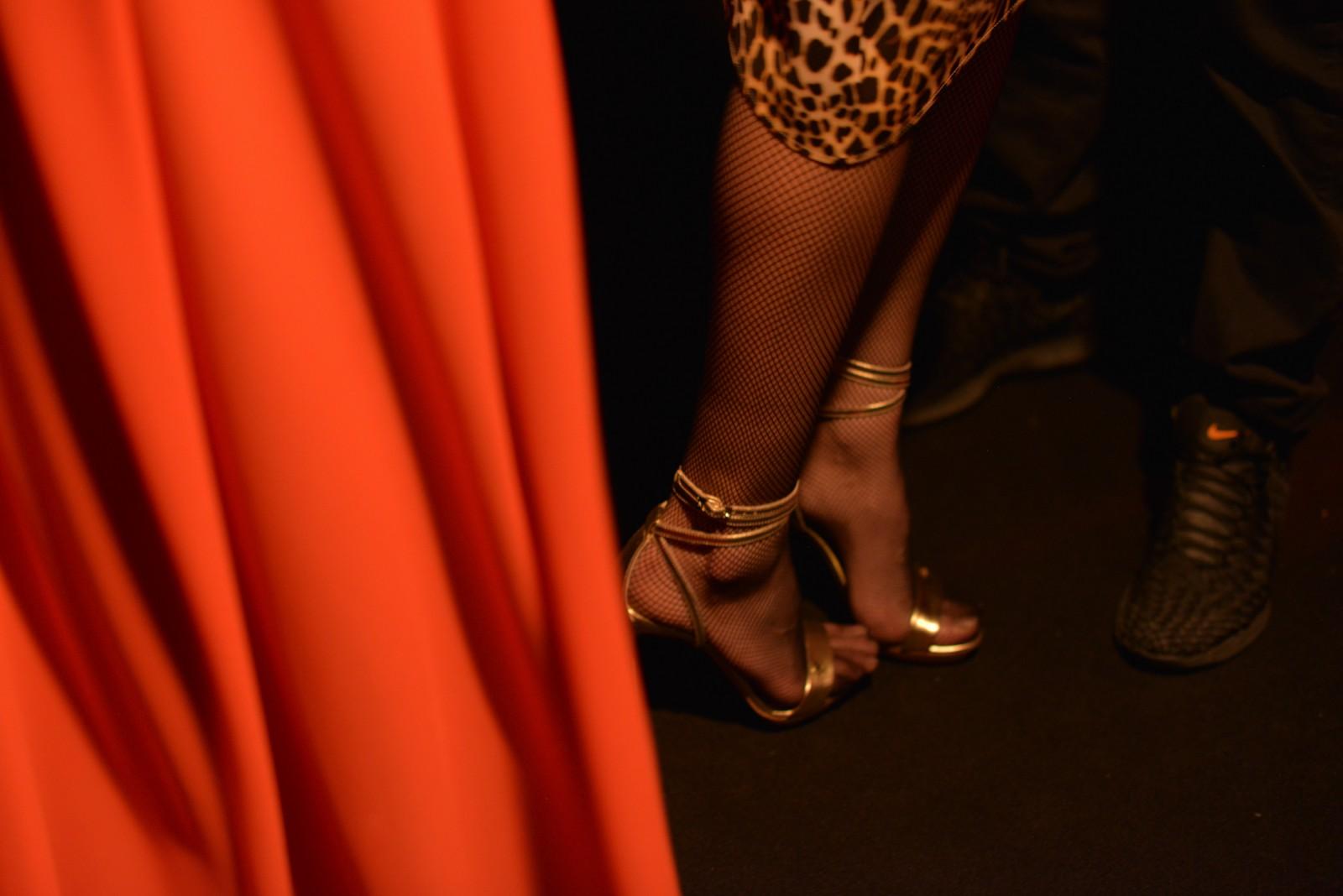 Elisabetta Franchi AW2016 backstage close-up